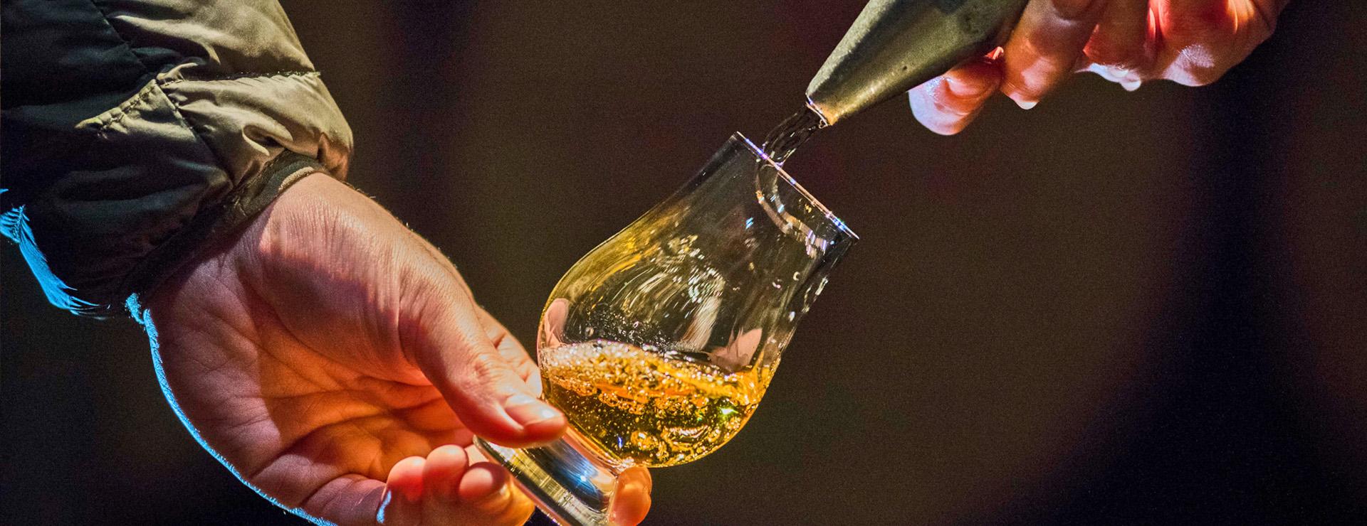 Cask Tasting Tour at Dewar's Aberfeldy Distillery - taste single cask whisky